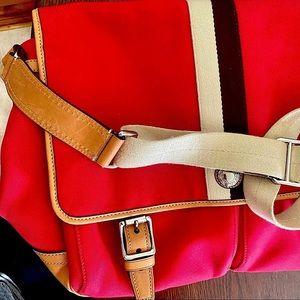 Coach Voyager Messenger Crossbody Travel Bag Red